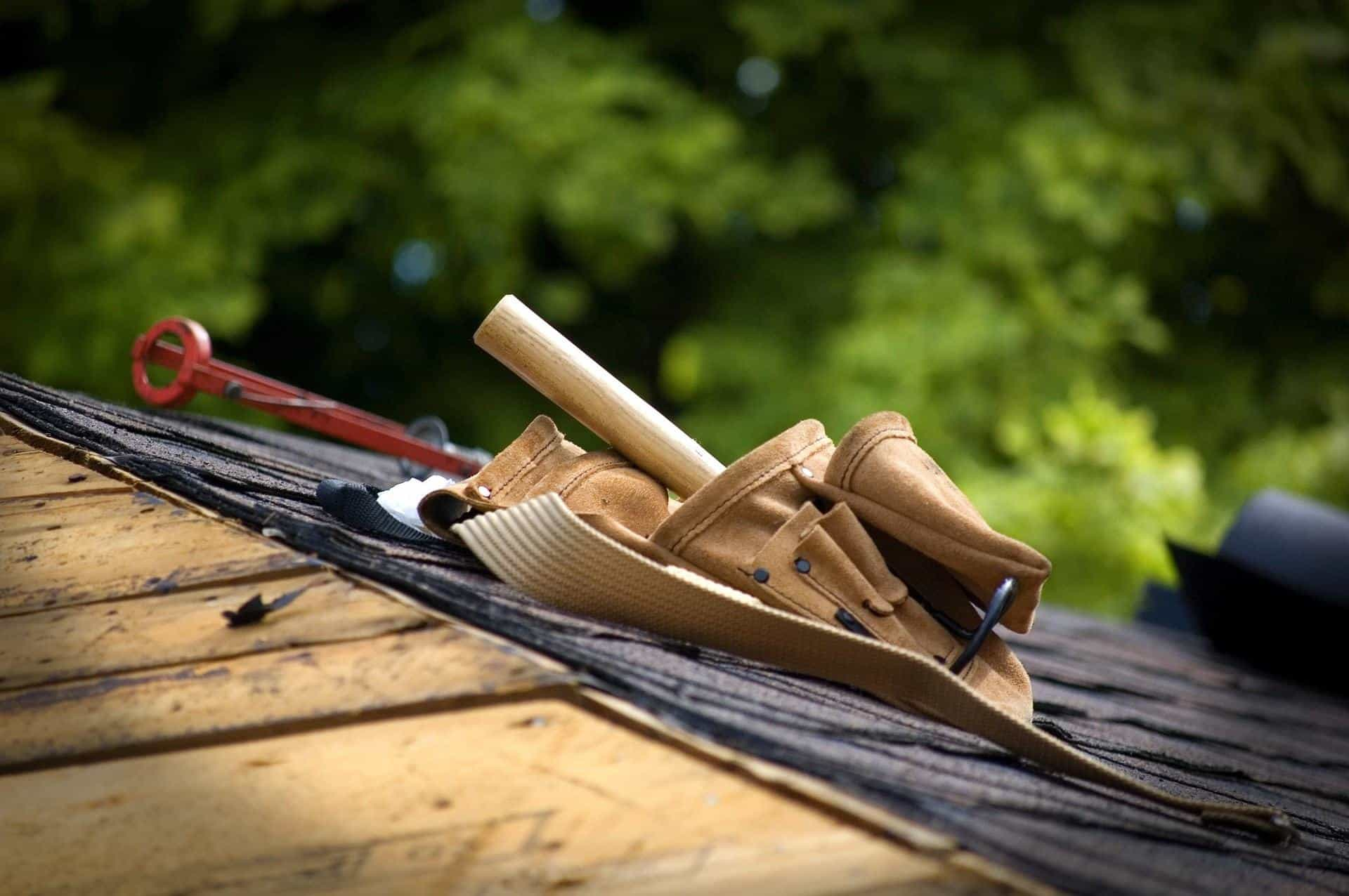 outils de l'artisan couvreur