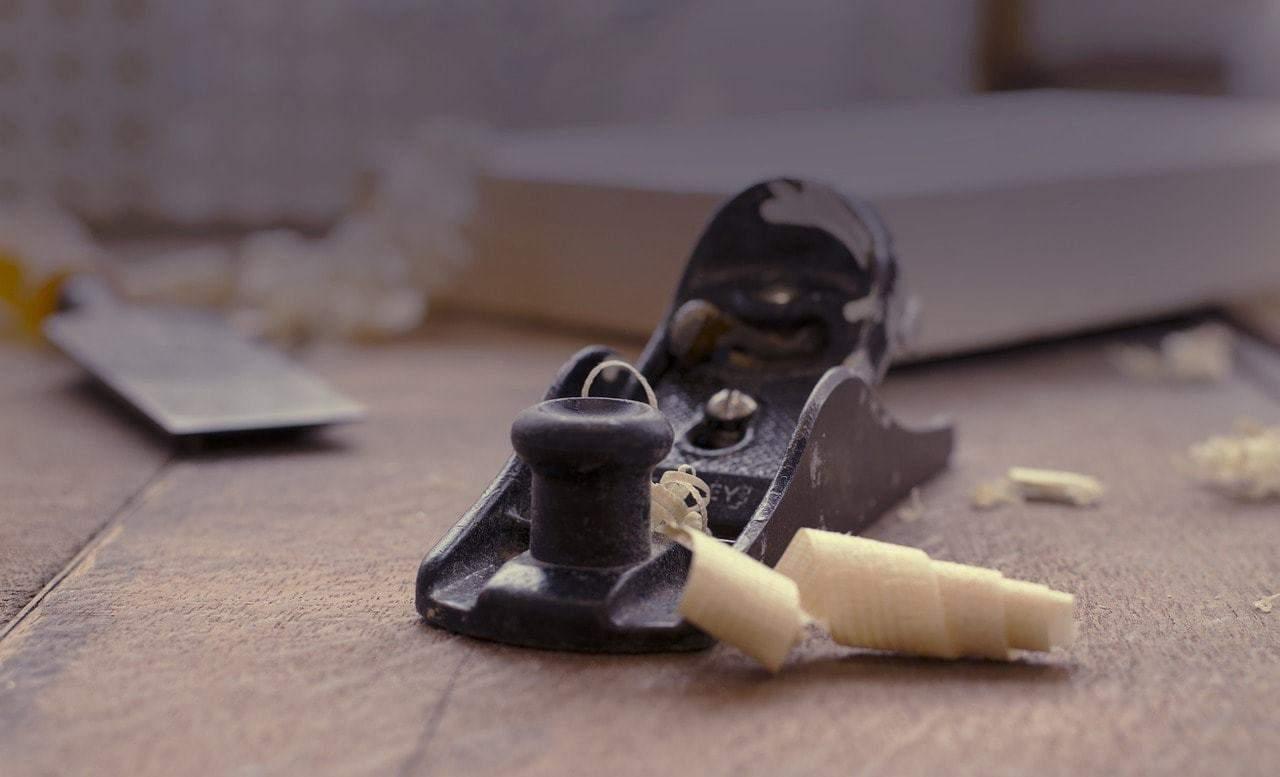 travail du charpentier pour poser votre toiture