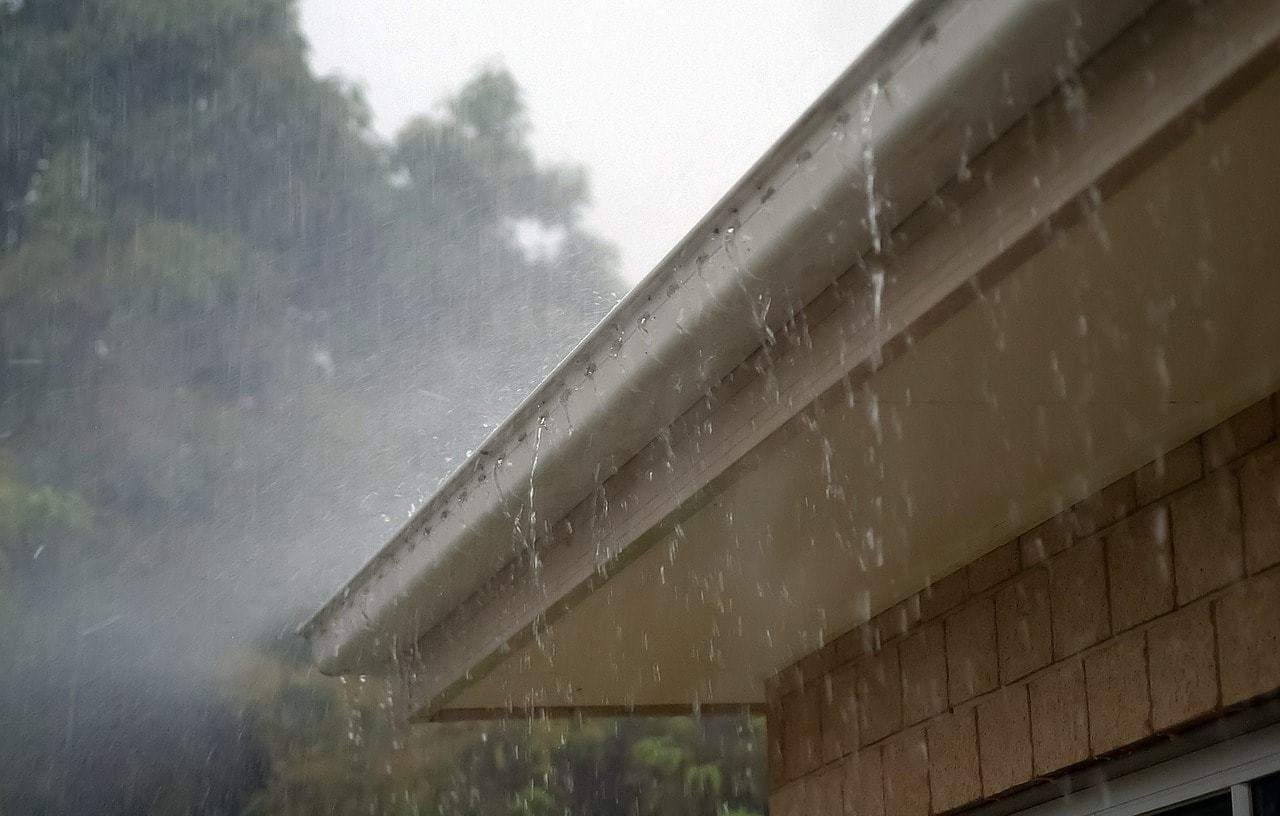 Évacuation eau de pluie toiture
