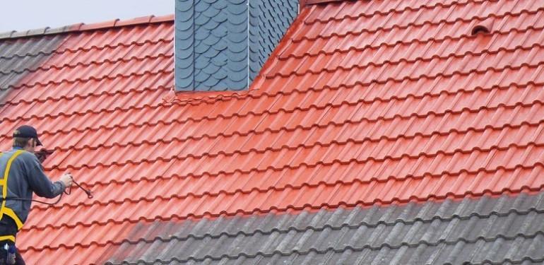 La peinture acrylique pour toiture